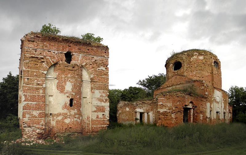Троицкая церковь в Карауле
