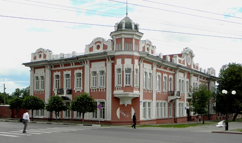 Поликлиника узловой станции Тамбов. Бывшая усадьба Гудовича